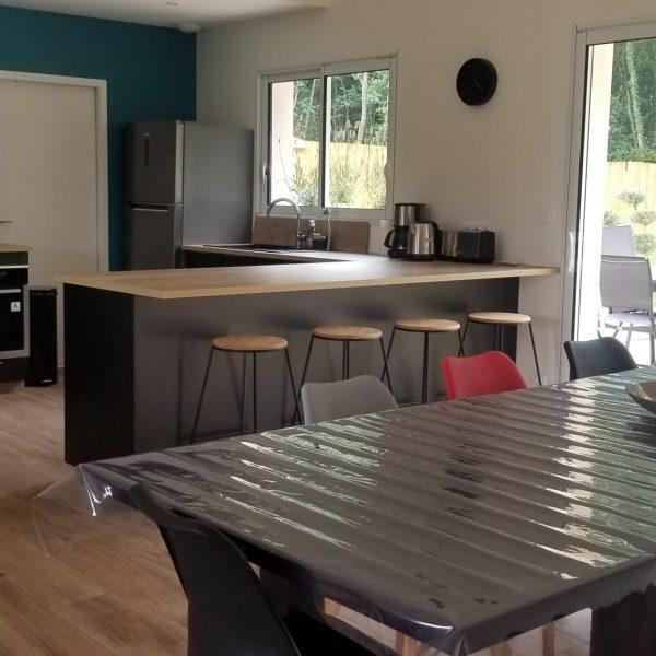 salle à manger et cuisine le gite de la seigneurie saumur